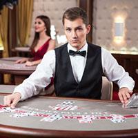 покерист-дилер